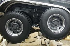 В Ленобласти пять человек пострадали в аварии с автобусом и грузовиком