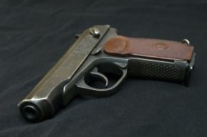 Петербуржец случайно ранил собственную дочь из пистолета