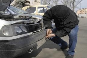 Похитители автомобильных номеров задержаны на проспекте Мориса Тореза