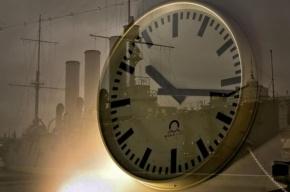 В Петербурге «Хронотрон» переведет на «зимнее время» 249 уличных часов