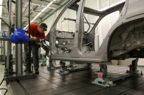 Рабочие завода «Ниссан» требуют двойной оплаты за работу в выходные