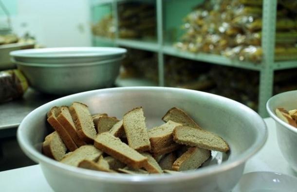 120 горняков отравились в столовой Мурманска