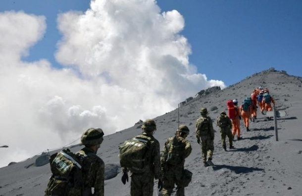 Извержение вулкана в Японии унесло жизни 46 человек
