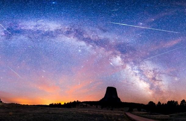 Земля встретилась с метеорным дождем Ориониды