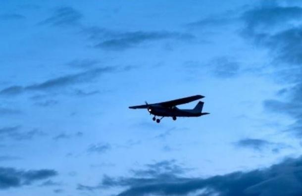 Минюст США обвинили в слежке за мобильными телефонами с самолетов