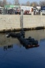Фоторепортаж: «В Петербурге бензовоз с мазутом вылетел в Обводный канал»