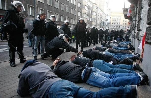 В День независимости в Варшаве в беспорядках пострадали 50 человек