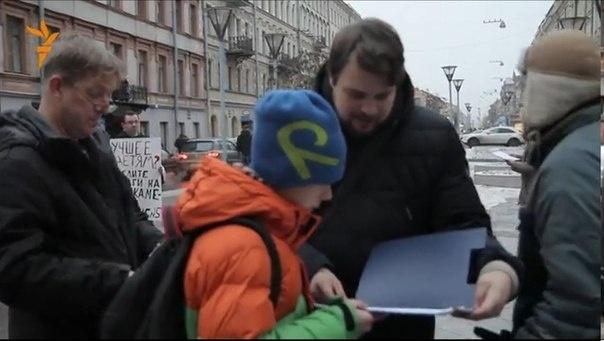 В Петербурге прошел пикет за сохранение отделения барокамер в ДГКБ №5 : Фото