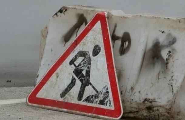 С 1 декабря будет ограничено движение на Арсенальной набережной