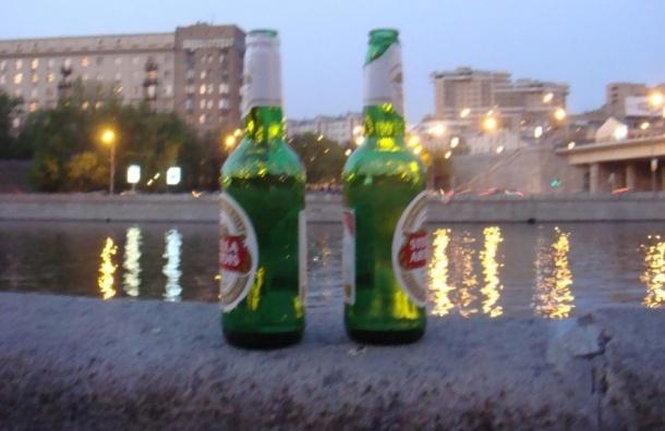 В Петербурге приезжий зарезал двух друзей в пьяной ссоре