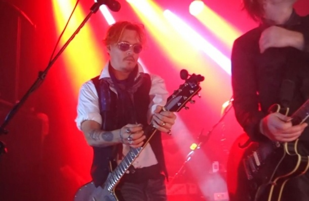 Джонни Депп сыграл на гитаре на концерте Мэрилина Мэнсона