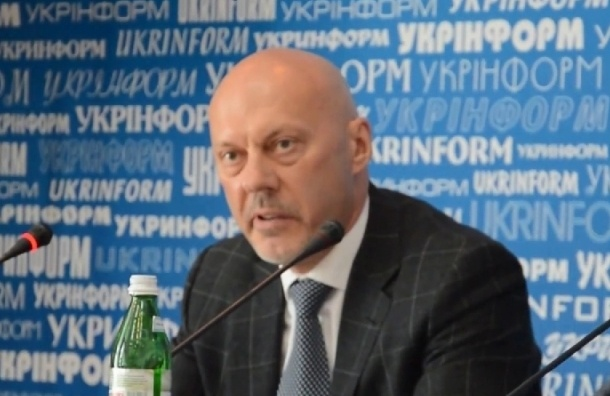 Украинские власти будут закупать уголь у «террористов»