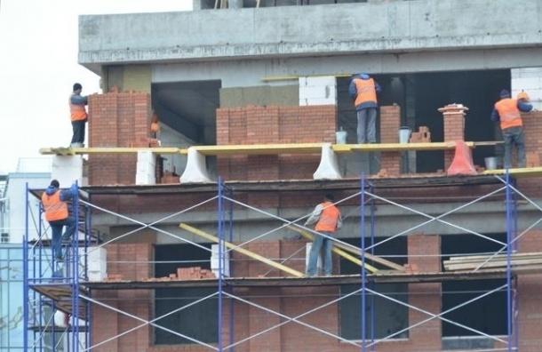 На стройках в Петербурге за день погибли двое рабочих