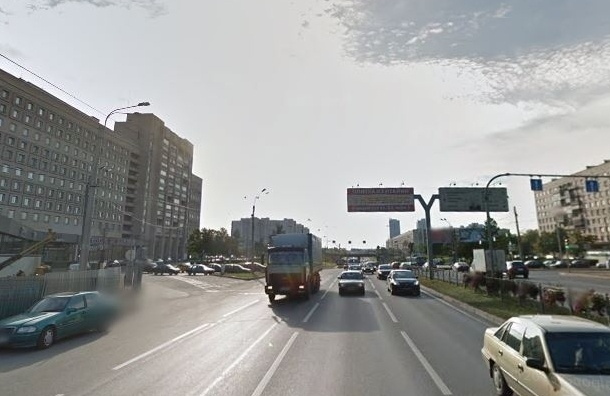 МВД предлагает Смольному построить переход через проспект Славы