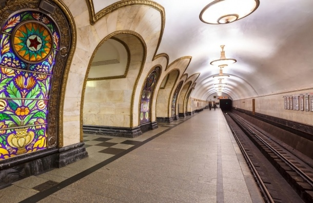 «Зацепер» попал под колеса поезда в московском метро