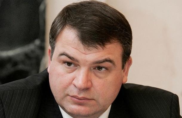 Гособвинение планирует допросить Сердюкова по делу о хищениях в музеях ВМФ