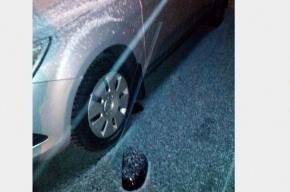 В Кировском районе вандал за 5 минут разбил 15 машин