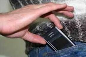 Бывший следователь получил 1,6 года за похищенный с трупа телефон