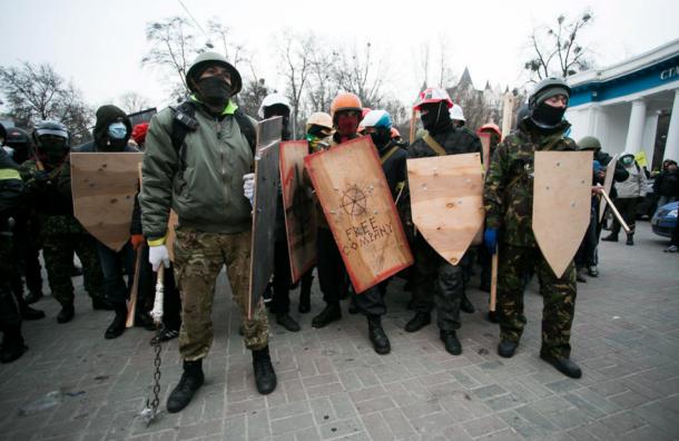 Верховный суд запретил в РФ «Правый сектор» и УНА-УНСО