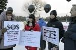 Митинг валютных ипотечников. Фото: Сергей Ермохин: Фоторепортаж