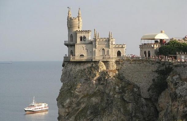 Путин: присоединение Крыма к России имеет сакральное значение