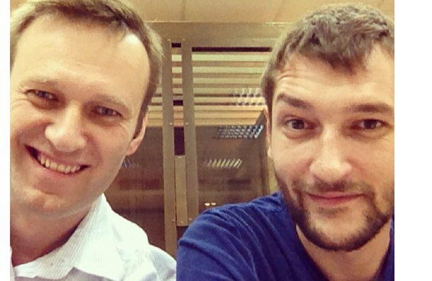 Навальные приговорены к 3,5 годам