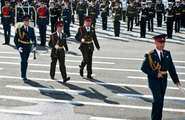 Оркестр военных музыкантов не будет исполнять «Пять минут» из-за холода