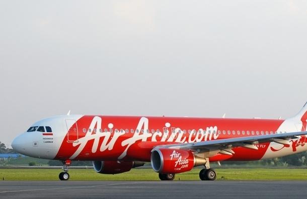 Тела погибших пассажиров самолета AirAsia обнаружили спасатели