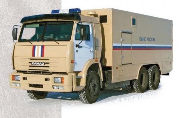 В Петербурге у инкассаторов угнали грузовик с деньгами
