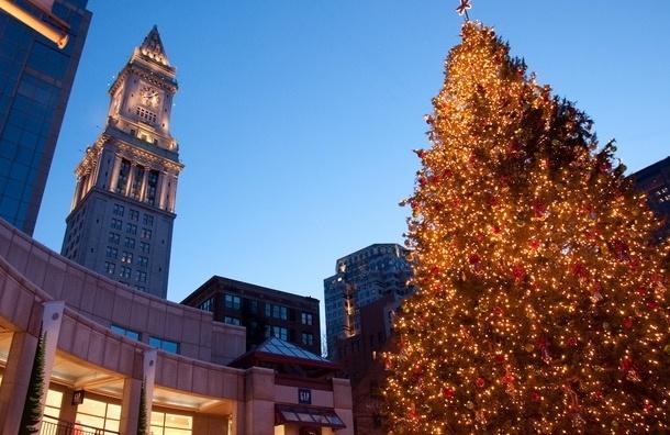 Британцам посоветовали ехать в Москву за рождественскими подарками