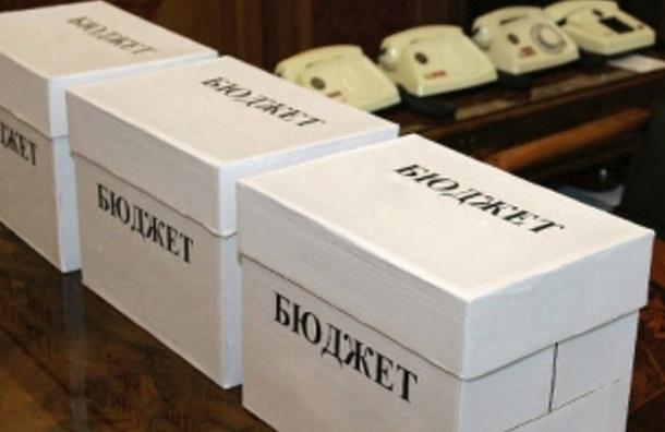 Власти Петербурга за неделю освоили 35,5 млрд рублей из бюджета 2014 года