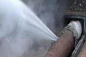 В Фрунзенском районе прорвало трубу