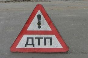 В Петергофе не смогли разъехаться три иномарки