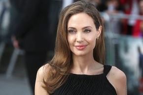 Анджелина Джоли чуть не погибла в страшном ДТП
