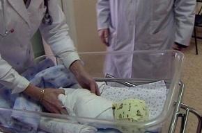В Петербурге двух женщин осудили за продажу ребенка