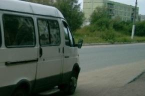 В аварии на Пулковском шоссе столкнулись автобус и фура