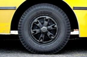 В Зеленогорске у автобуса загорелось колесо
