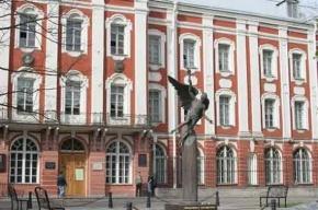 Студенты и преподаватели Петербургского университета собрали помощь для жителей юго-востока Украины