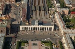 Подозрительный предмет стал причиной эвакуации людей на Финляндском вокзале