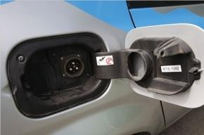 К 2015 году в Северной столице появится 18 станции для подзарядки электромобилей