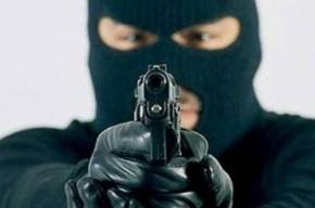 На проспекте Науки грабитель вынес 25,5 тысяч рублей из офиса выдачи микрозаймов