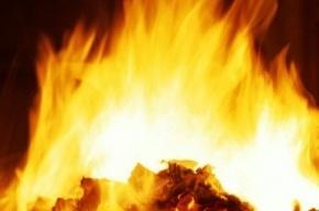 В Калининском районе тушили пожар повышенной сложности