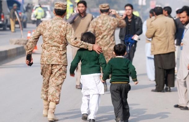 При захвате школы в Пакистане погибло не меньше 126 человек