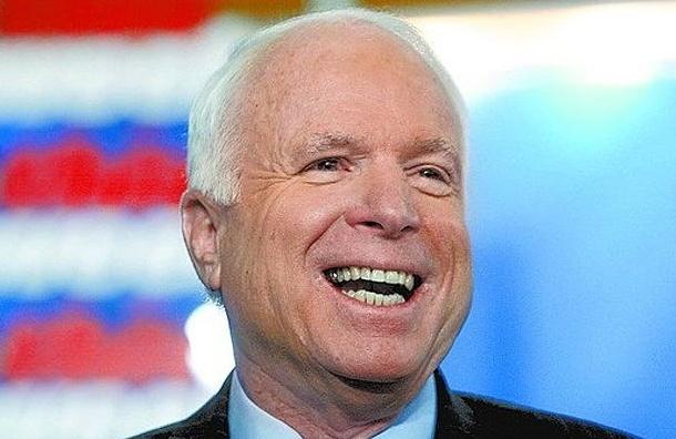 Сенатор Маккейн посоветовал Обаме отправить на Украину смертельное оружие
