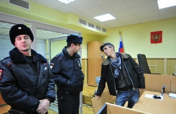 Актера Алексея Панина приговорили к десяти суткам