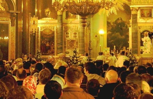 Тысячи жителей города встретили Рождество в Казанском соборе