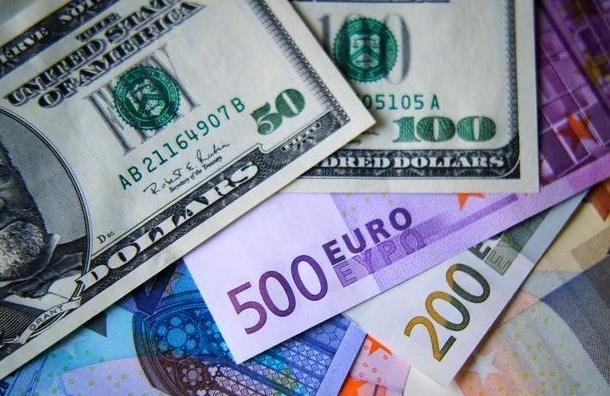 Рубль начал рост в отношении иностранной валюты
