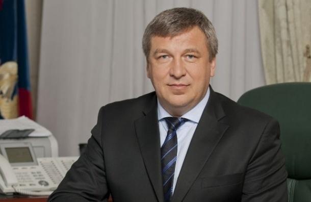 Петербуржцы хотят отправить Албина в отставку