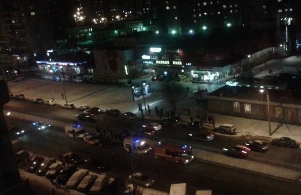 Очевидцы: в Невском районе сбили насмерть человека
