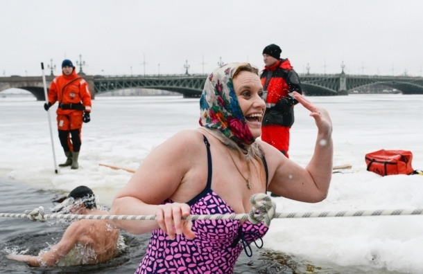 Сегодня петербуржцы отмечают праздник Крещения Господня